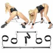 Наручники, ошейники: Комплект наручников и наножников с расп...
